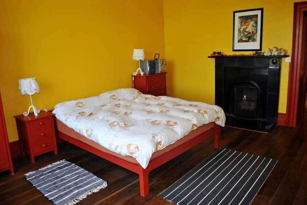 Equestiran-Holidays-Bedroom-Irish-Countryside